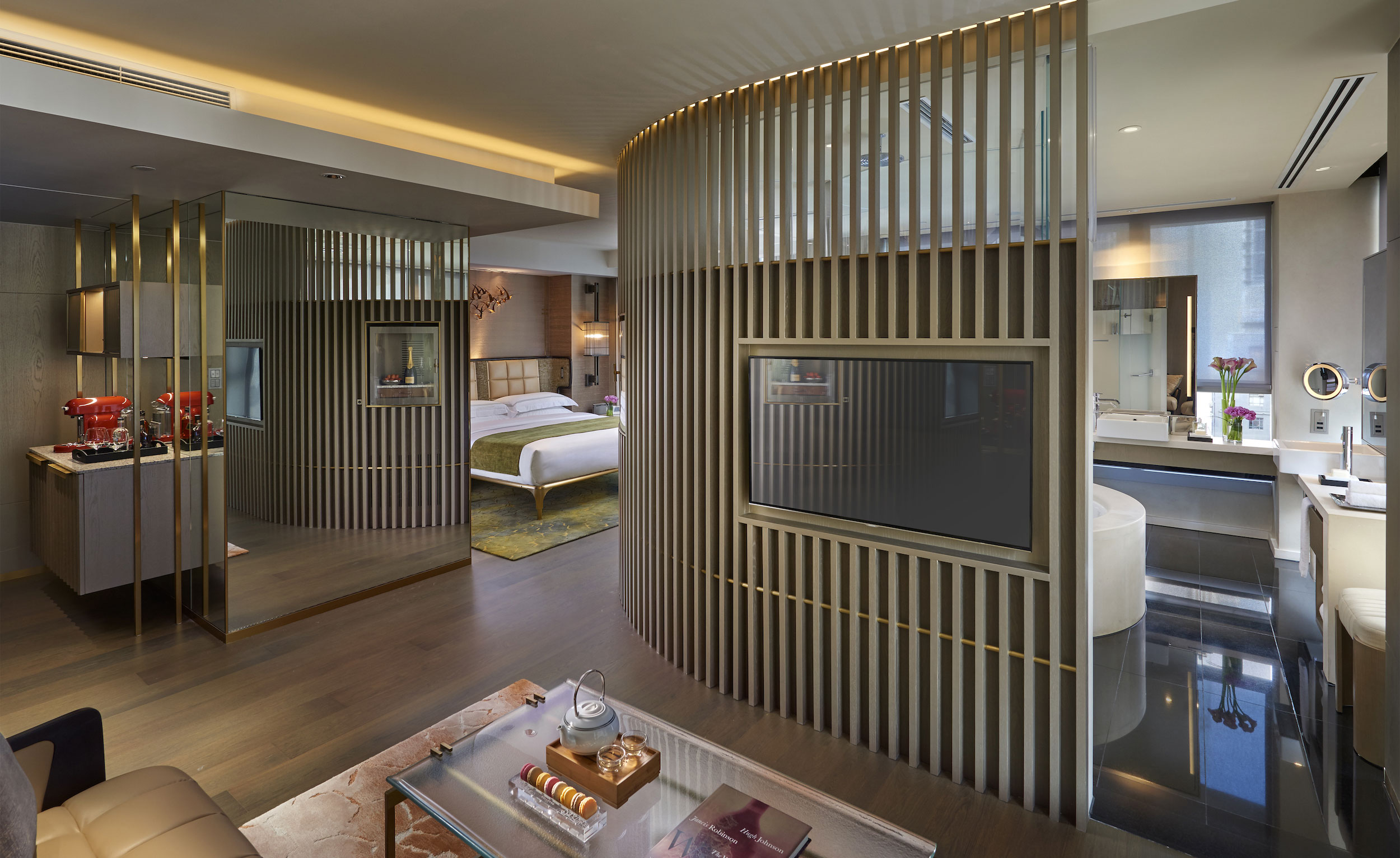 The Landmark Mandarin Oriental Guest Rooms Hotel Review