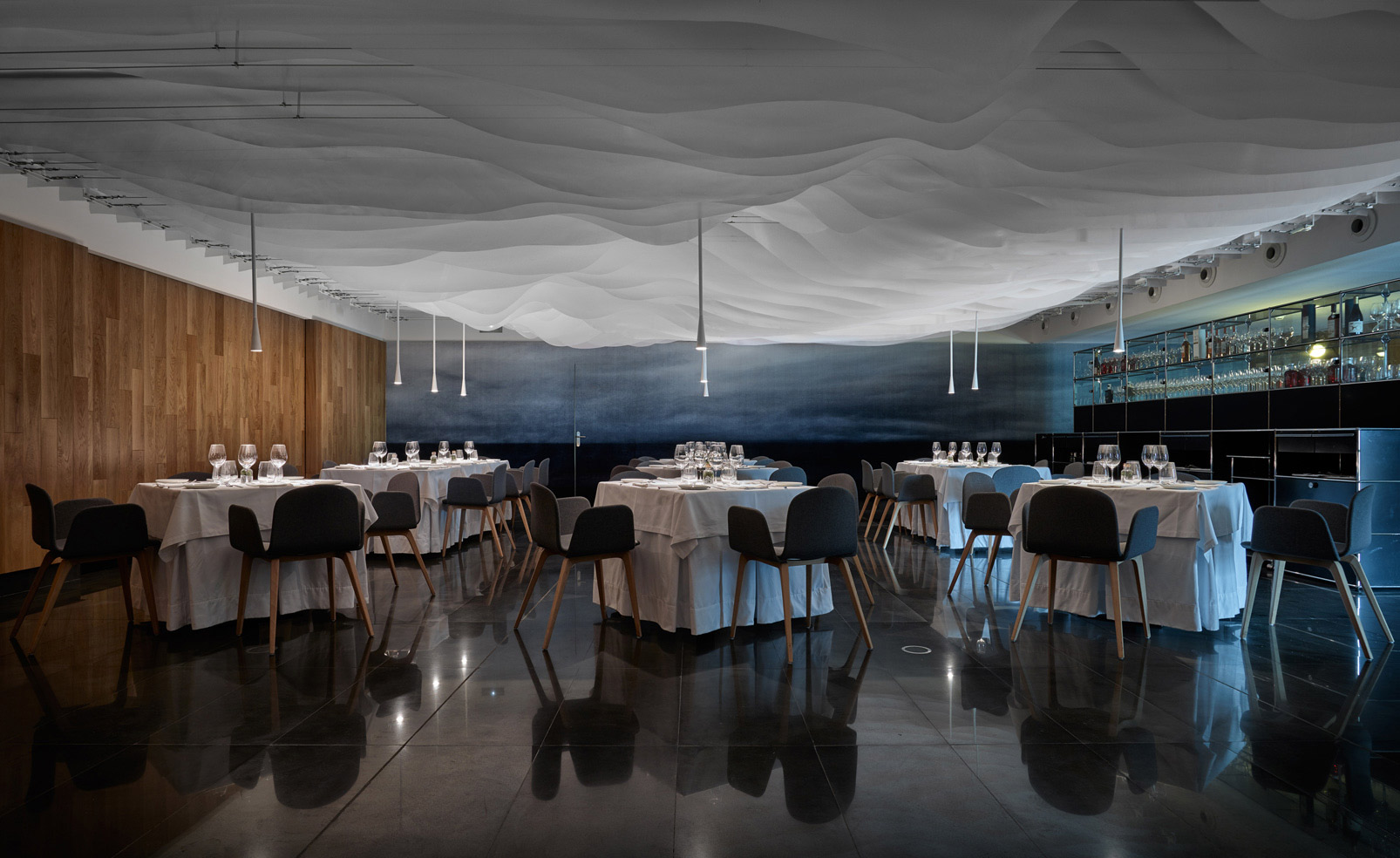 Restaurante Huarte Wallpaper Magazine