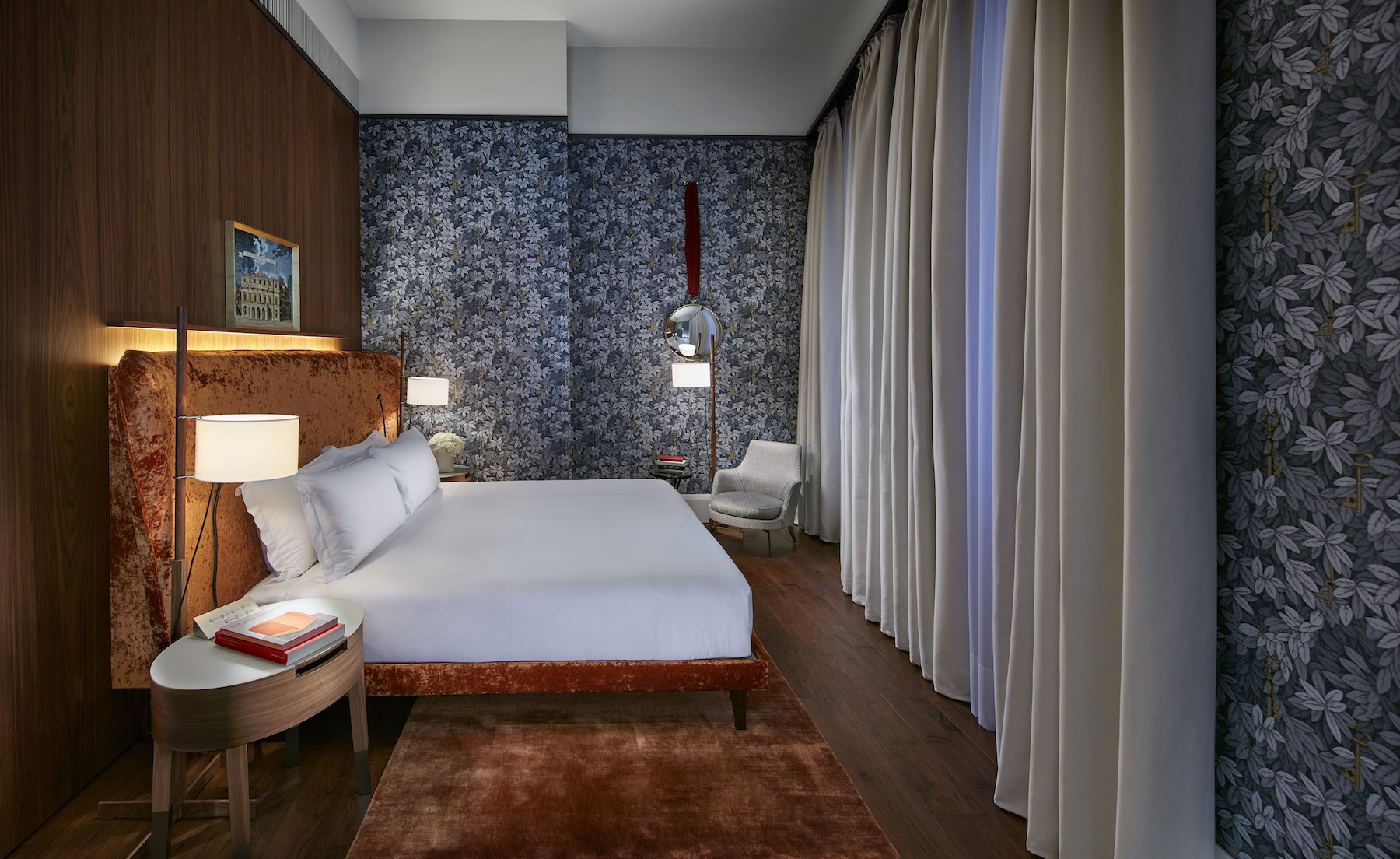 Mandarin oriental speciality suites hotel review milan for Speciality hotels