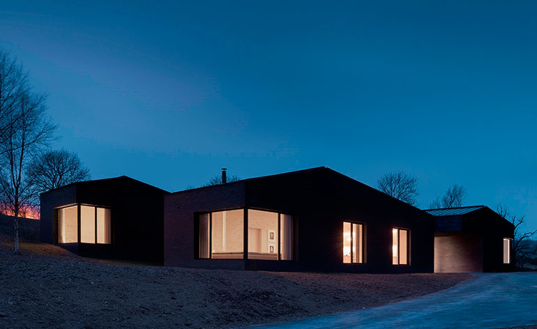 John pawson designs rural retreat for living architecture for Modern house john welsh