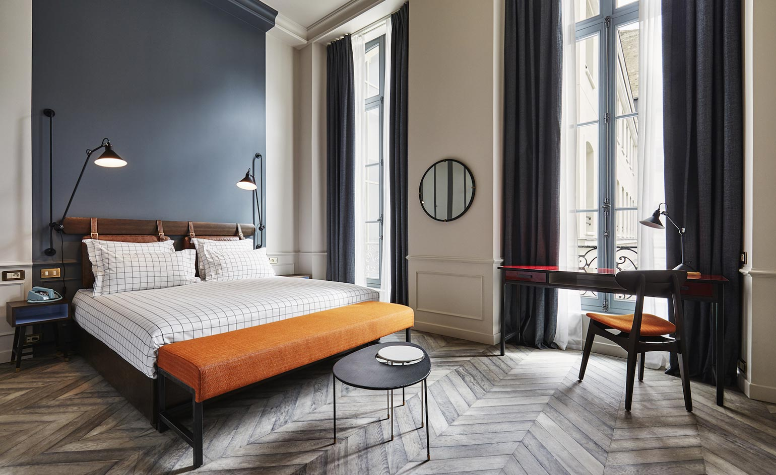 the hoxton hotel review paris france wallpaper. Black Bedroom Furniture Sets. Home Design Ideas