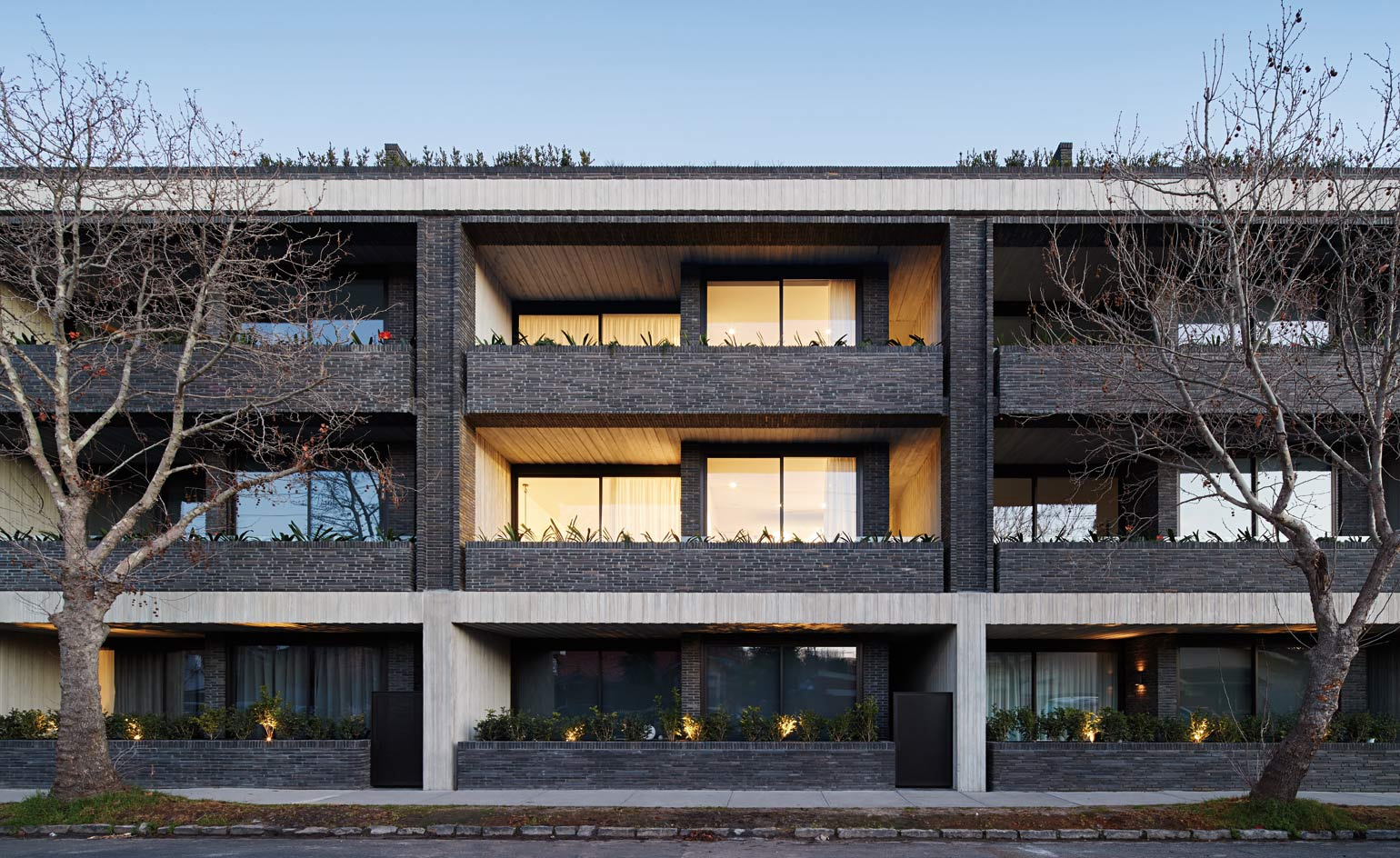 Melbourne S Elwood House Is An Exercise In Concrete