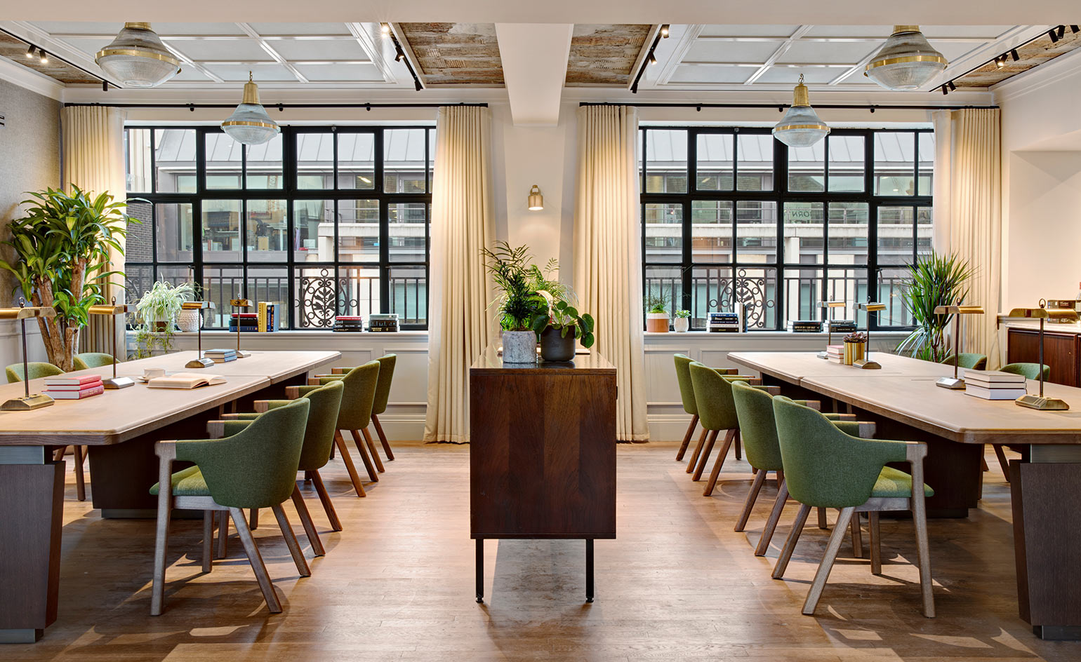 An Art Deco Co Working Space Opens In London S Fitzrovia