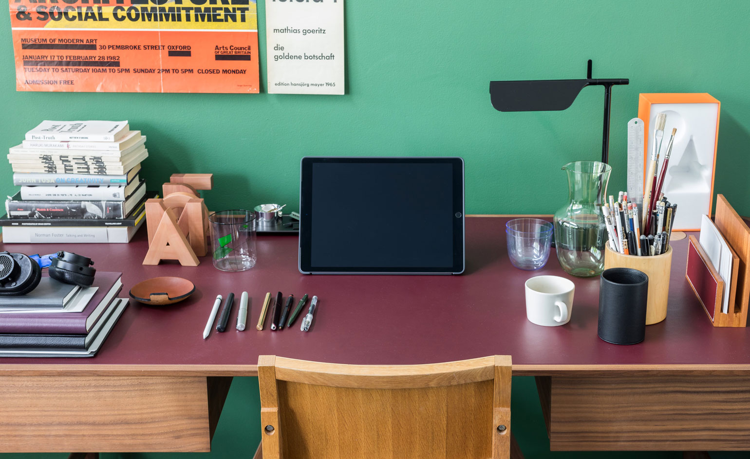 Hot Off The Desk A Glimpse At Inspiring London Workspaces