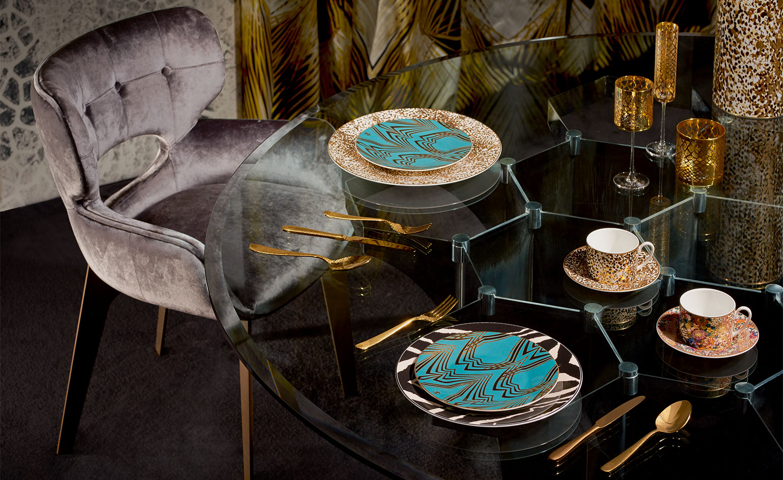 Roberto Cavalli Home Celebrates Sumptuous Luxury Wallpaper