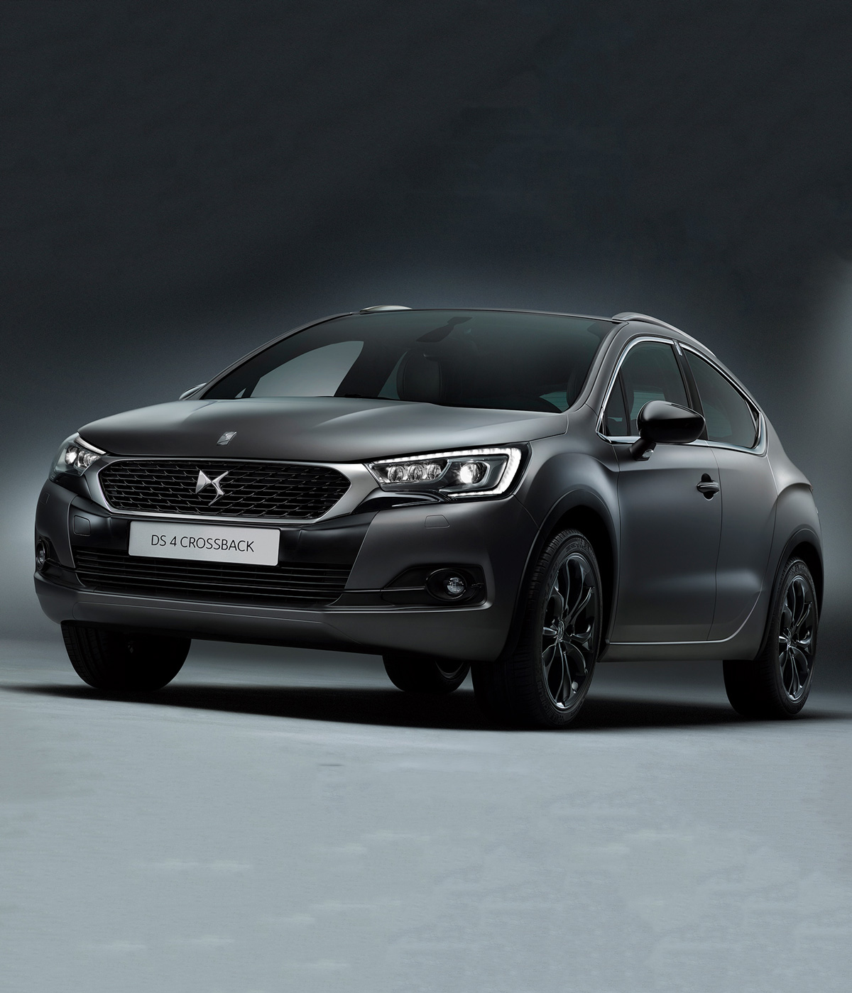 Introducing The DS4 Crossback Moondust