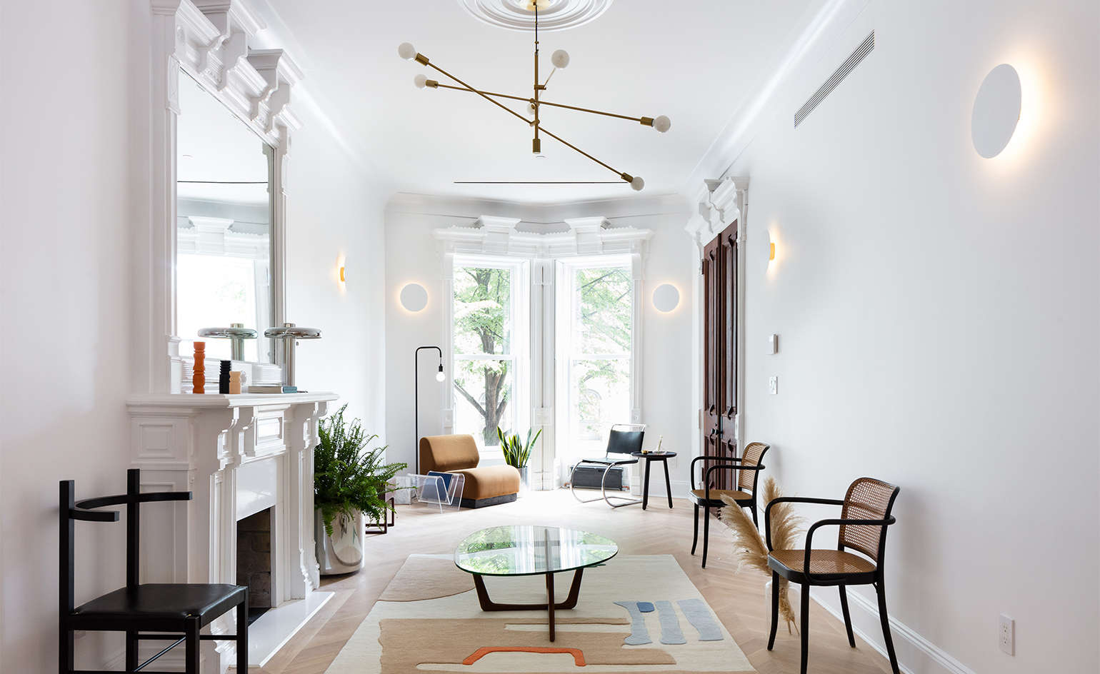 Brooklyn Designers Take Over New York City Townhouse Wallpaper