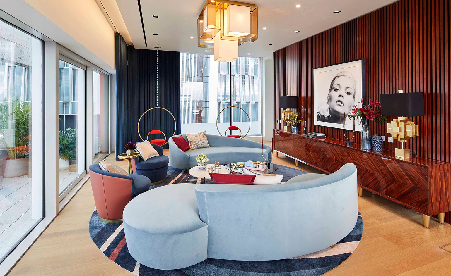 While drawing on the cultural heritage of london architecture the building holds all the modern amenities of any luxury residential building including a