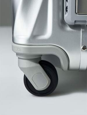 Four recessed wheels are engineered to facilitate effortless manoeuvrability.