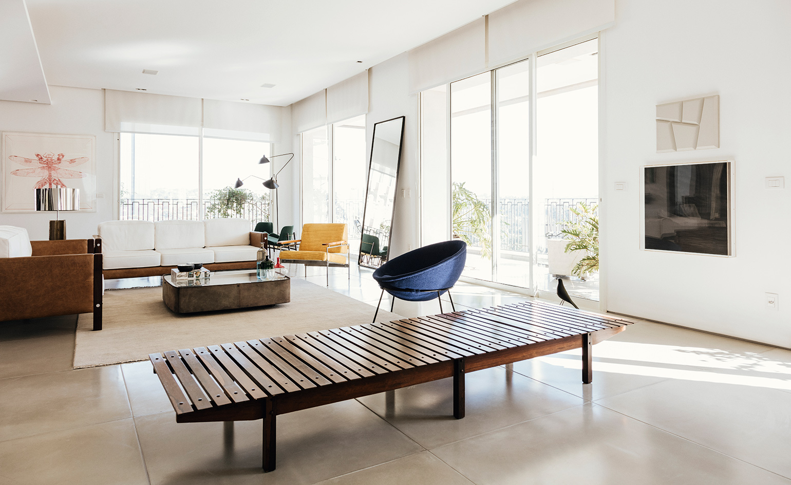 Inside carlos jereissati filho 39 s midcentury apartment for Local interior designers