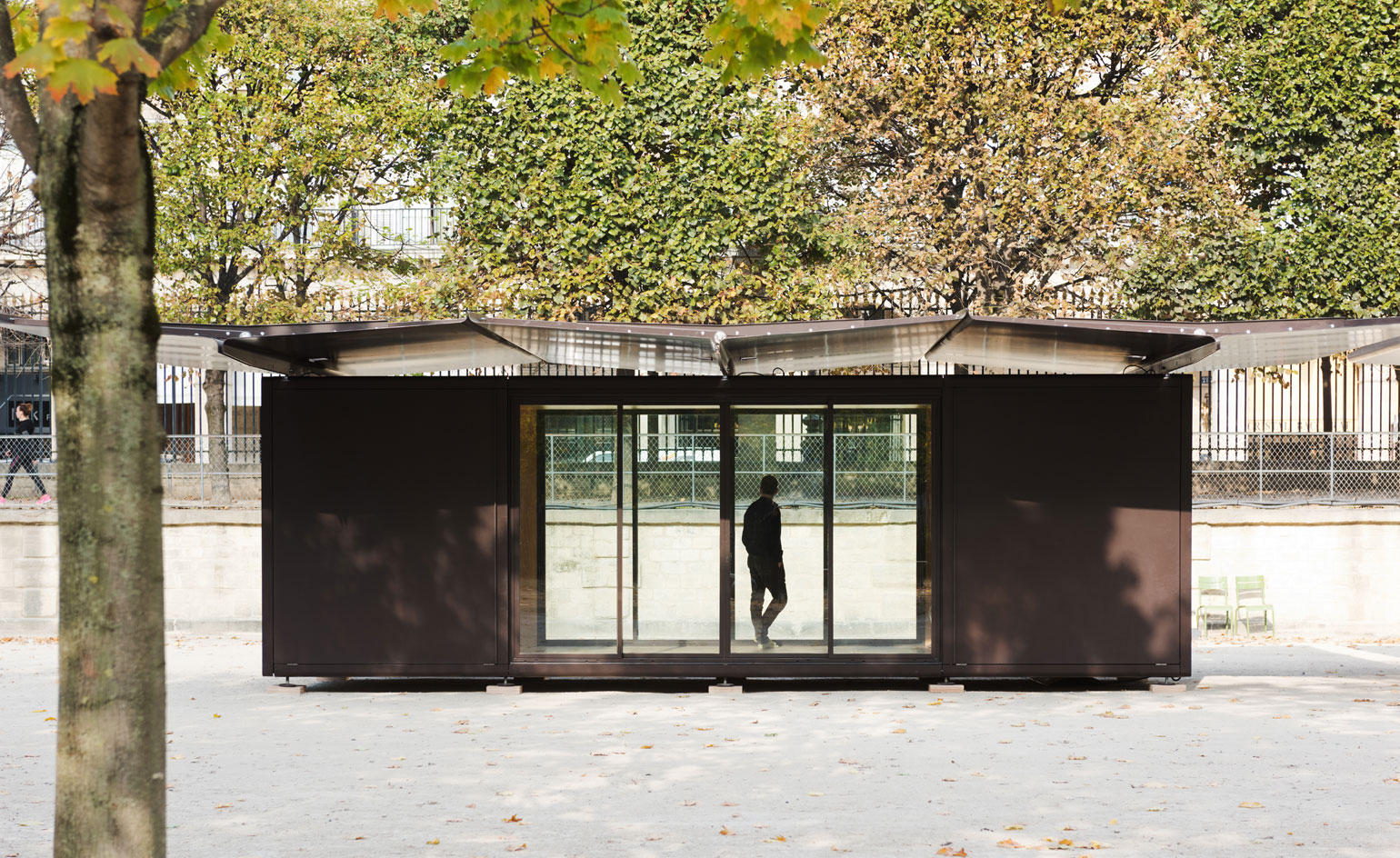 bouroullec brothers reveal modular kiosque containers for. Black Bedroom Furniture Sets. Home Design Ideas