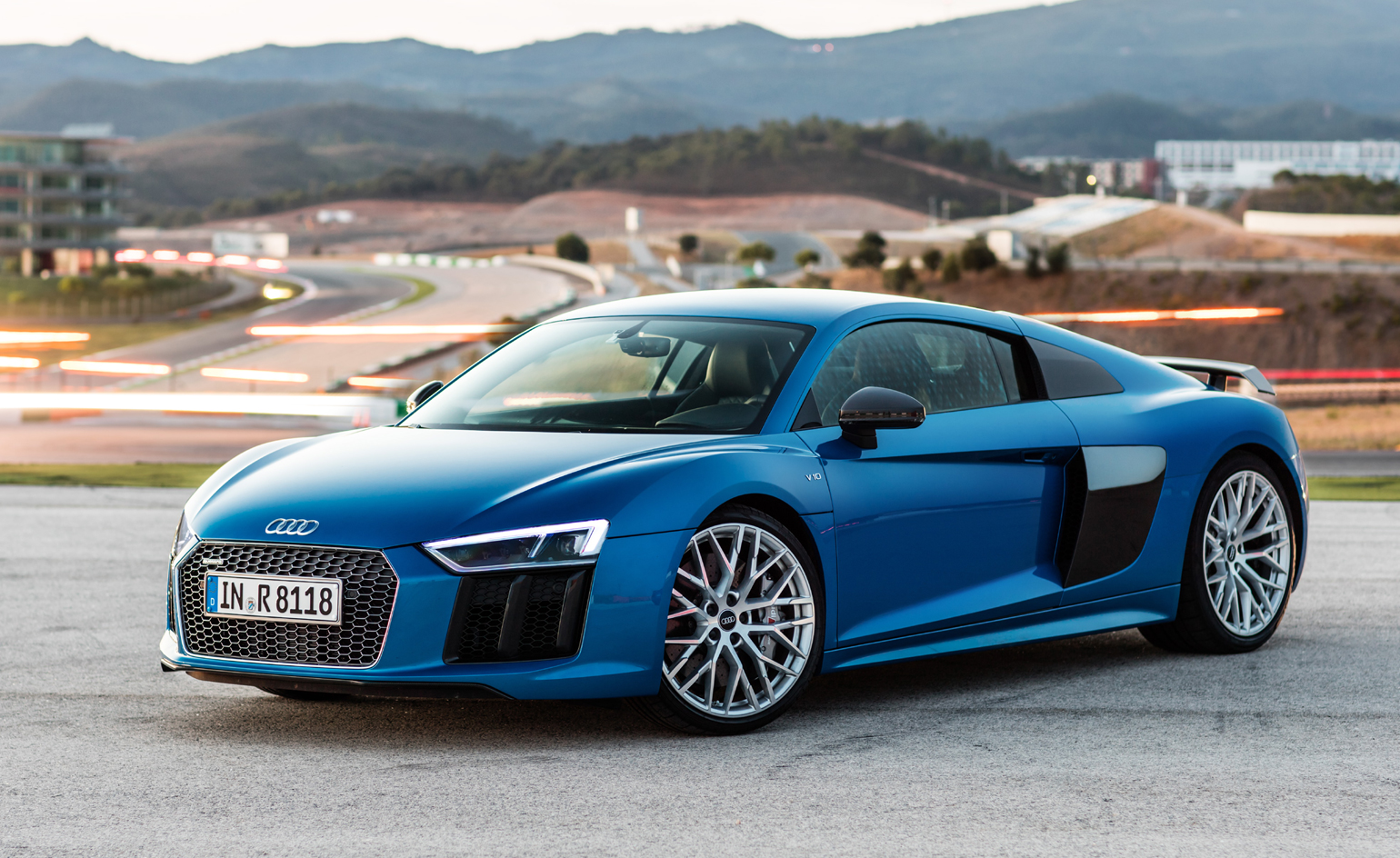 Introducing The Audi R8 Coupe V10 Plus Wallpaper