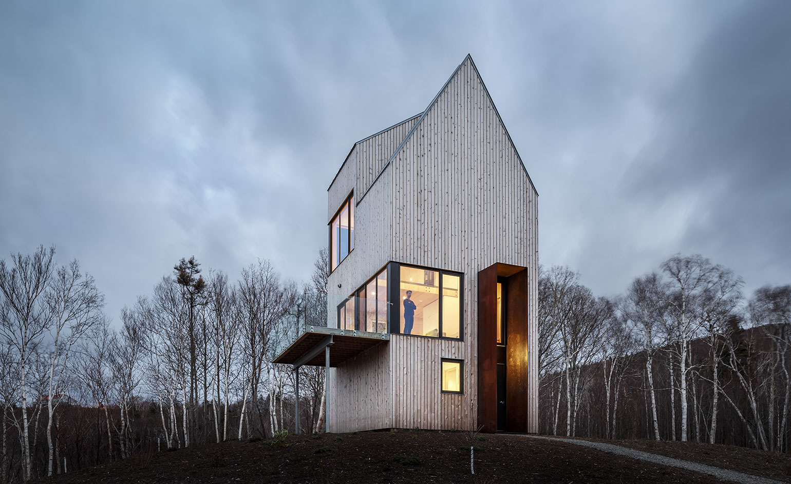 Omar gandhi and design base 8 create cape breton outpost for Local residential architects near me