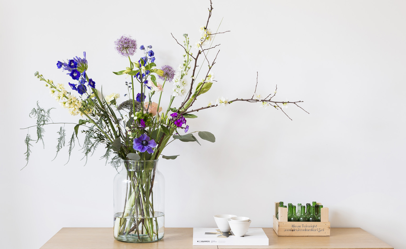 The best online flower delivery services for design lovers ...