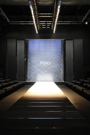 catwalk tour the top ss 2014 womens fashion week venues