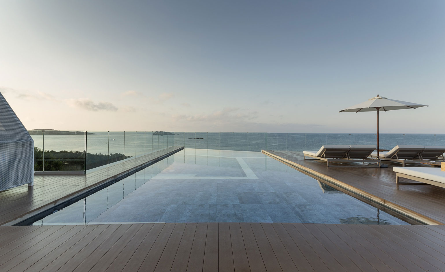 New Horizons Our Edit Of The Loftiest Hotel Rooftops