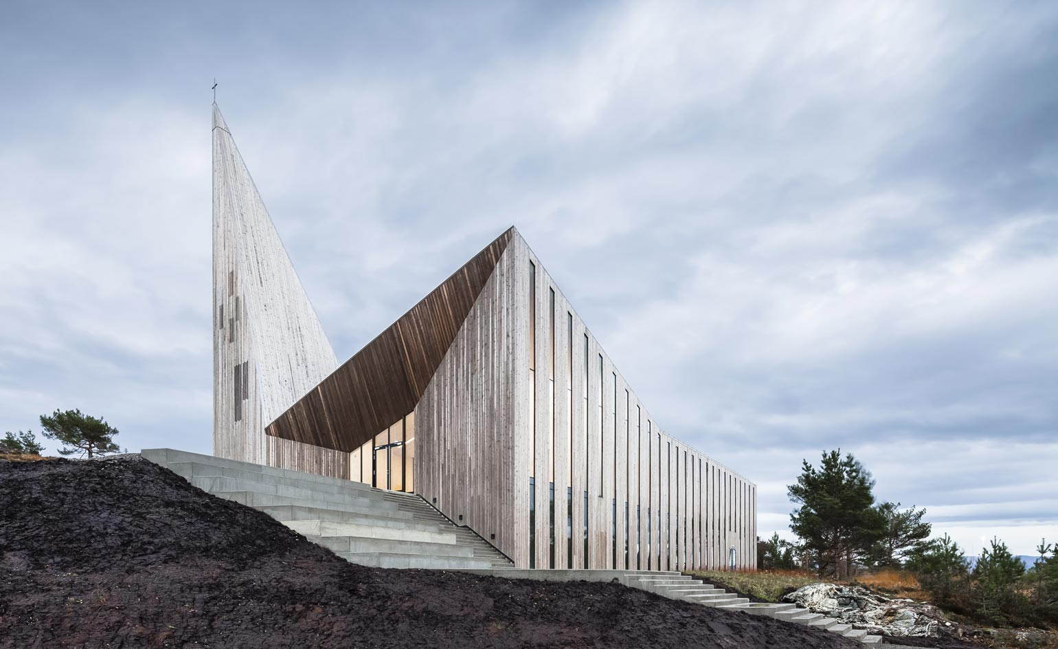 Cutting edge religious architecture around the world for Worlds best architect