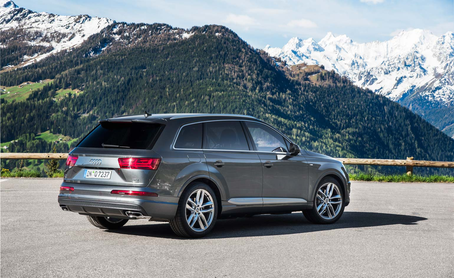 new and improved model audi set to release the latest q7
