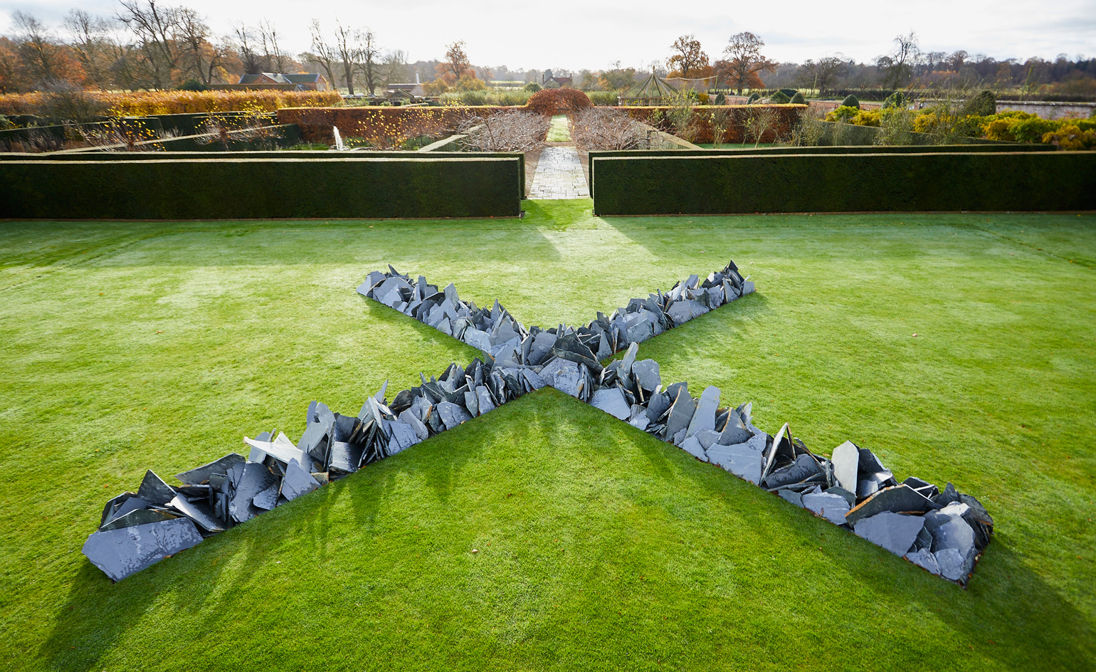 Richard Long moves heaven and earth at Houghton Hall ...
