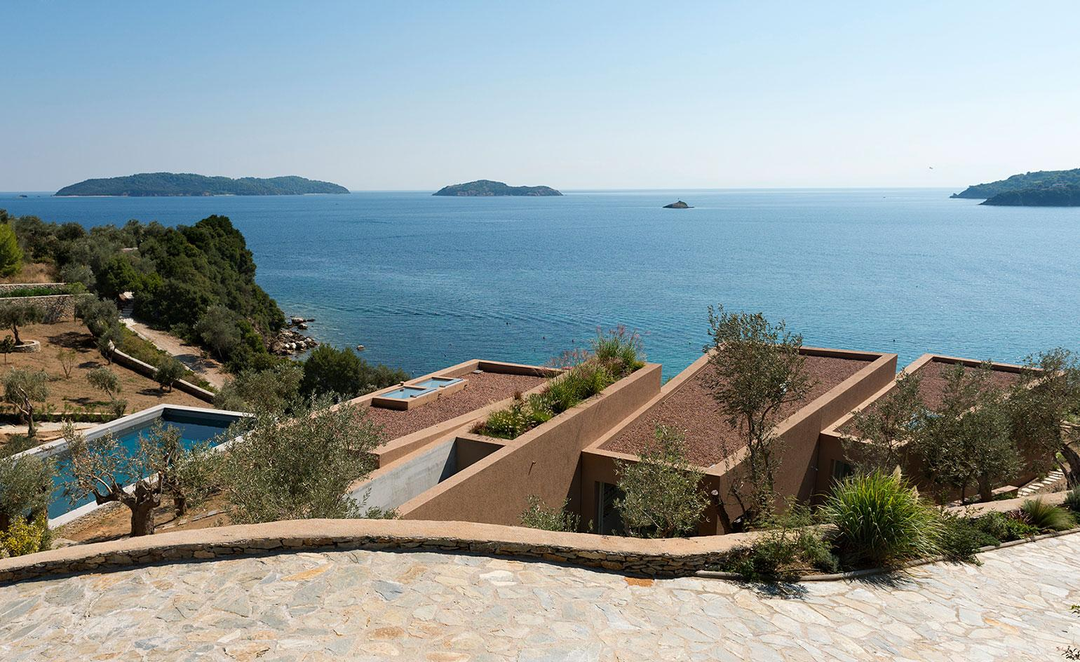 Mediterranean modern: the first house from architect Lydia Xynogala