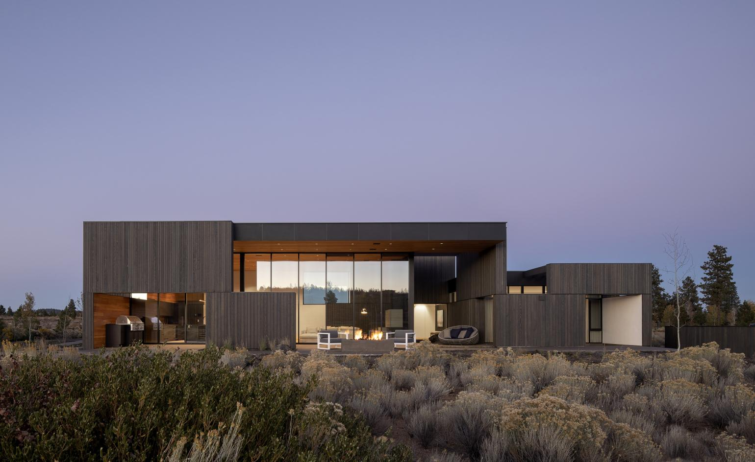 Hacker Architects escapes to the desert for its latest Oregon retreat