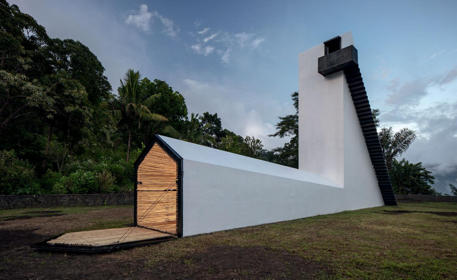 Not Vital and his soaring House to Watch Three Volcanoes go to extremes in pursuit of a view