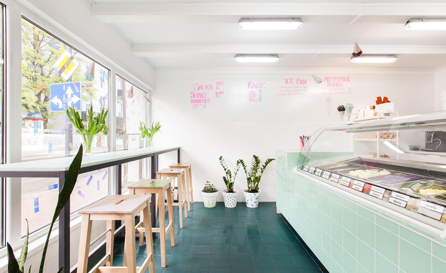 Lody Dudek Tasks Architects With New Parlour Design