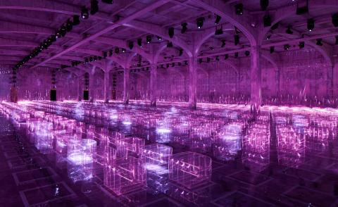 Scene-stealing runway sets from the S/S 2019 menswear shows