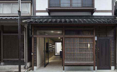 Case Real transforms a disappearing tenement house into an Aesop store in Japan