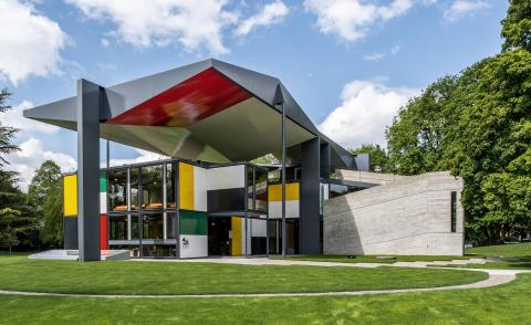 Pavilion Le Corbusier reopens in Zurich after renovation