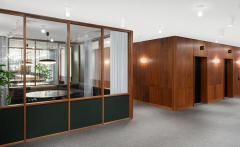 Mies van der Rohe meets Mad Men at this London office