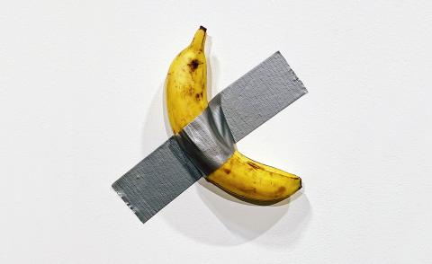 Perrotin releases Maurizio Cattelan banana t-shirts to benefit hunger-relief charity