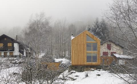 Davide Macullo's artistic timber house in the Swiss Alps