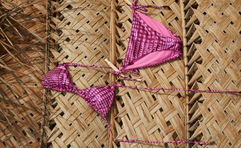 Stylish summer accessories for holiday spirit