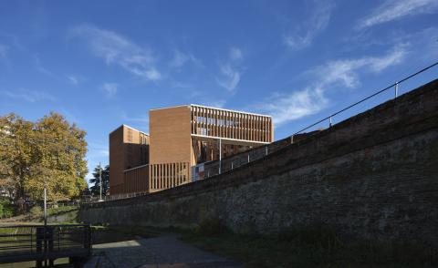 Grafton Architects completes waterside School of Economics in France