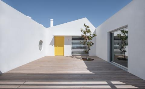 New take on the Greek beach house by Athens based R.C.TECH