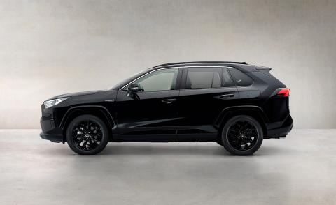 Plug-in Toyota RAV4 combines function and technology