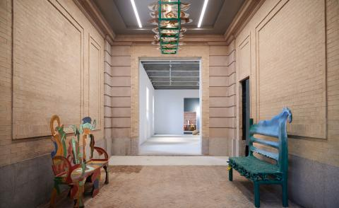 Salon 94's rare porte-cochère entrance with Bronze Bench #3 (2003) and Chandelier (2004), by the late American artist Betty Woodman, and Bench (2021), by young Brooklyn artist Thomas Barger