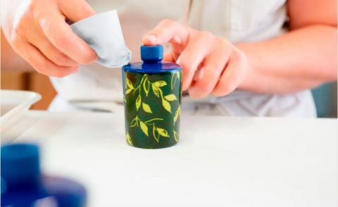 Acqua di Parma Bergamotto di Calabria La Spugnatura cologne in blue bottle hand painted by Italian artisan