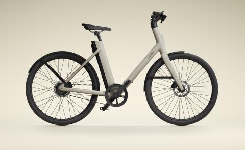 Cowboy 4 ST e-bike is the company's first step through model