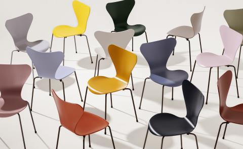 Arne Jacobsen chairs by Fritz Hansen with colour palette created with Carla Sozzani