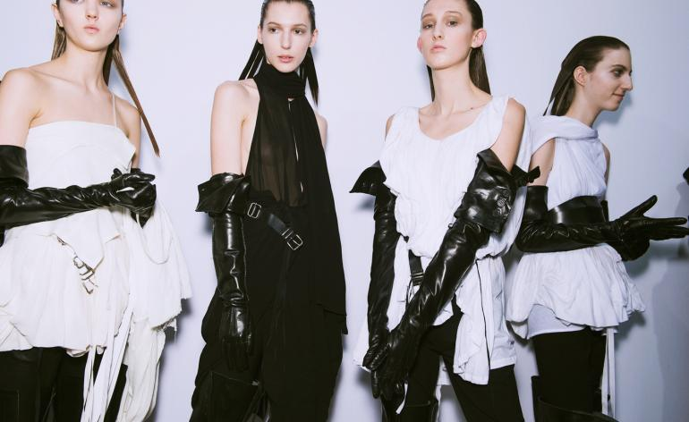 Ann Demeulemeester: features swathes of black leather belts