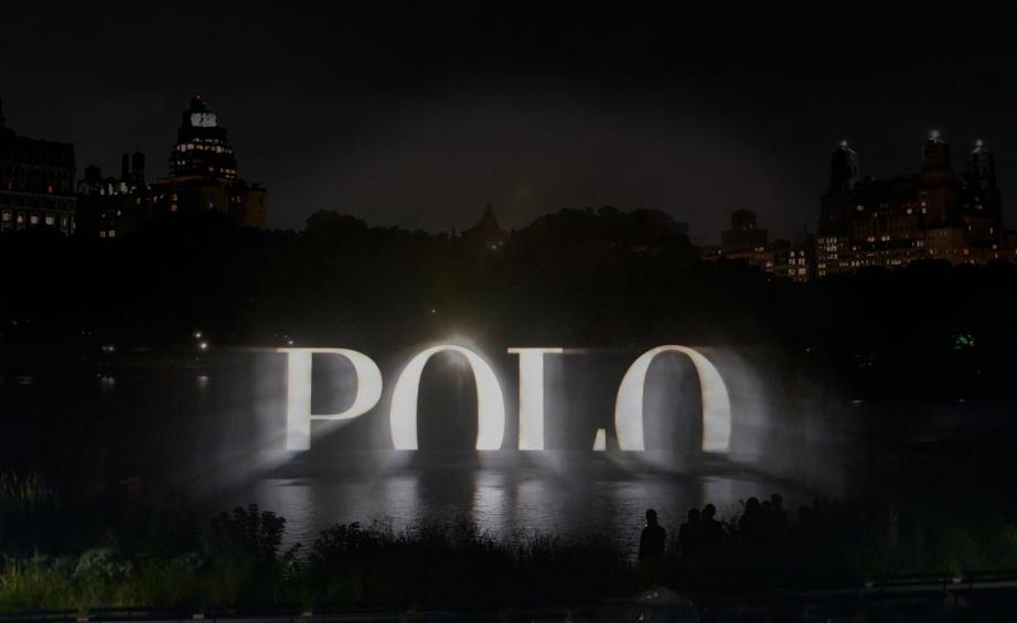 Ralph Lauren Polo's 4D holographic wall
