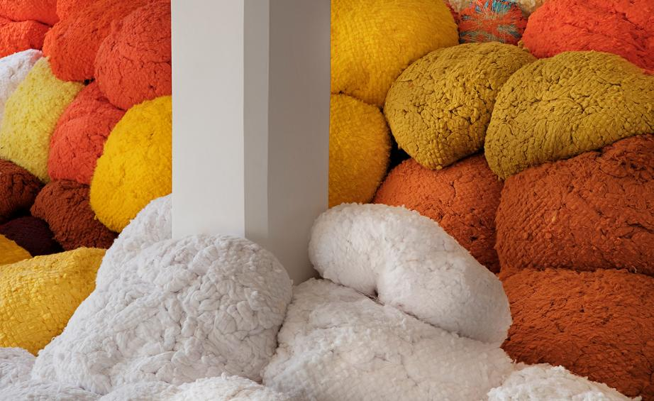 Sheila Hicks' thrilling textiles take Magasin III Jaffa