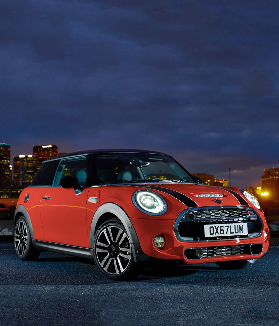 Front view of Mini Cooper S