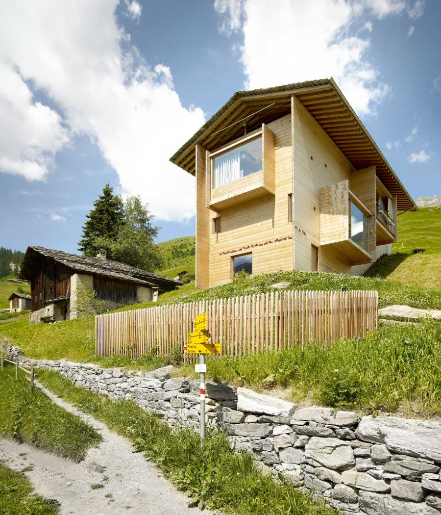 Peter Zumthoru0027s Wood Home In The Swiss Alps