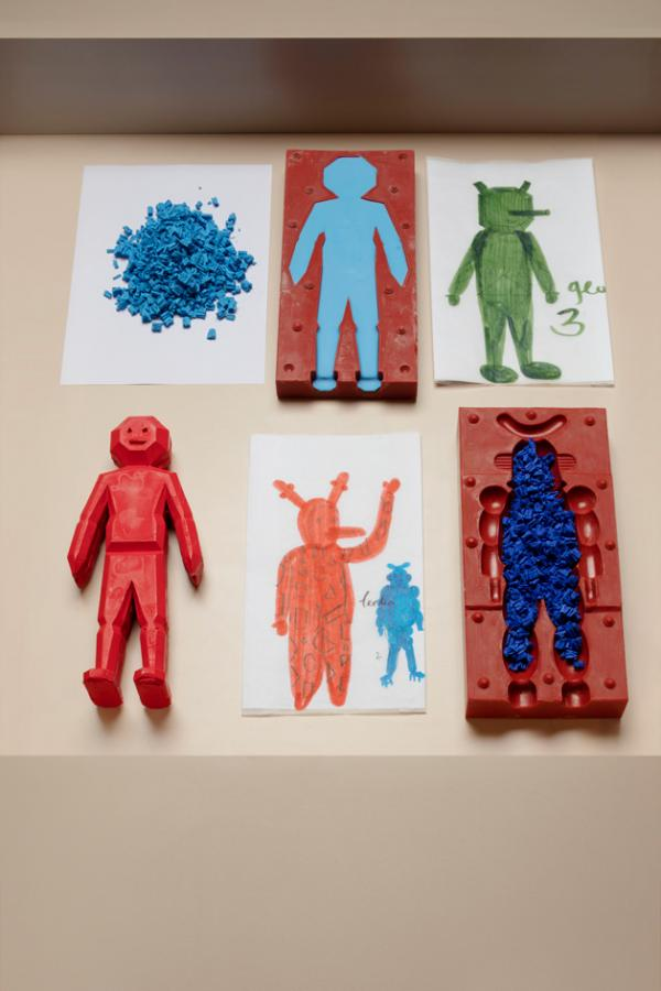 'Drawing Collectible Toys' by Hayon Studio and Caran d'Ache