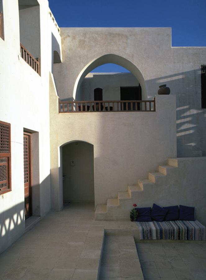 Halawa House in Agamy by Egyptian architect Abdel-Wahed El-Wakil