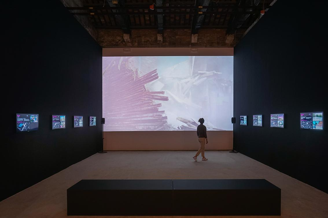 """The Estonian Centre for Architecture presents the exhibition """"Square! Positively shrinking"""" at the Estonian Pavilion in Venice for the architecture biennale 2021"""