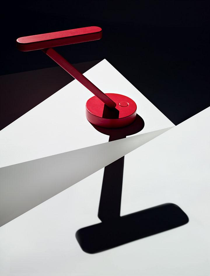 Red structured lamp